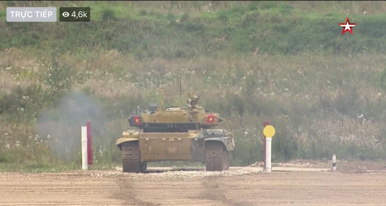 Chay nhanh, ban chuan... tuyen xe tang Viet Nam khai tran Army Games thang loi!-Hinh-2