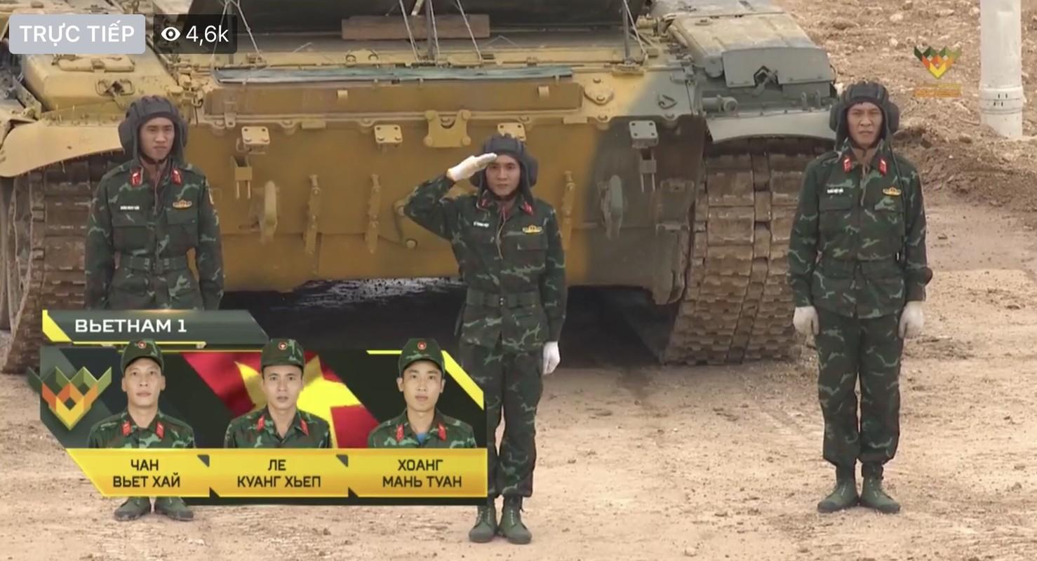 Chay nhanh, ban chuan... tuyen xe tang Viet Nam khai tran Army Games thang loi!