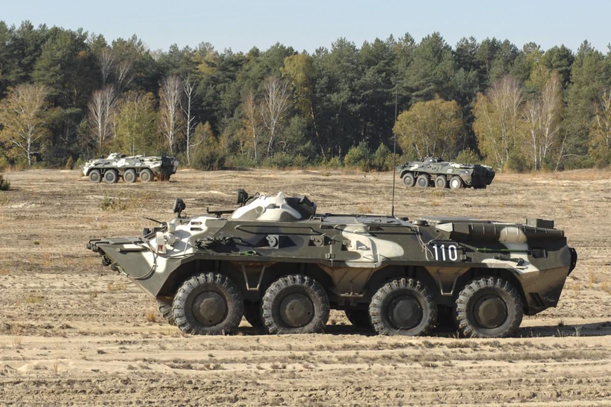 Thiet giap BTR-80 chay dong co, doi tuyen Hoa hoc Viet Nam chiu thiet-Hinh-10