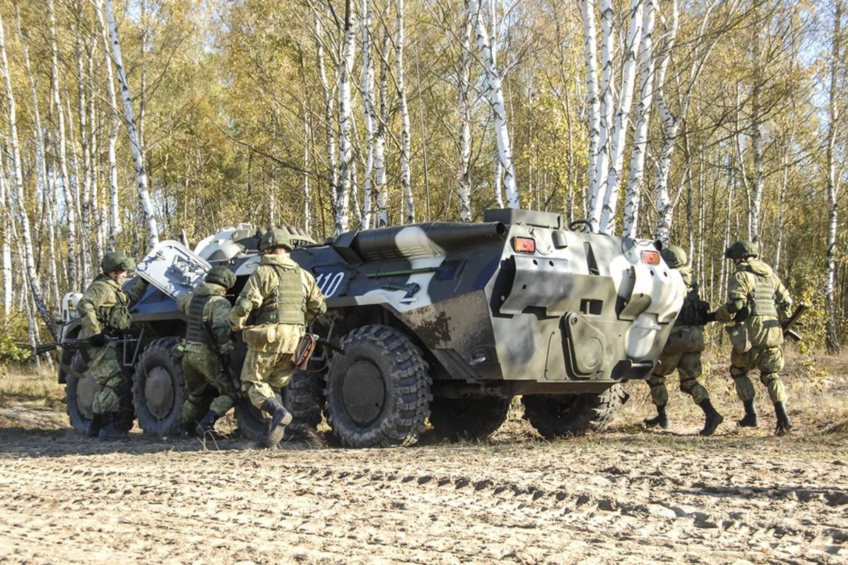 Thiet giap BTR-80 chay dong co, doi tuyen Hoa hoc Viet Nam chiu thiet-Hinh-8