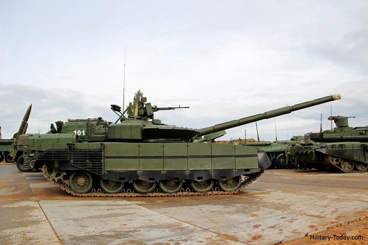 Sieu tang T-80BVM Nga trinh dien ban ten lua, tuong ghe gom hoa ra... truot!-Hinh-6