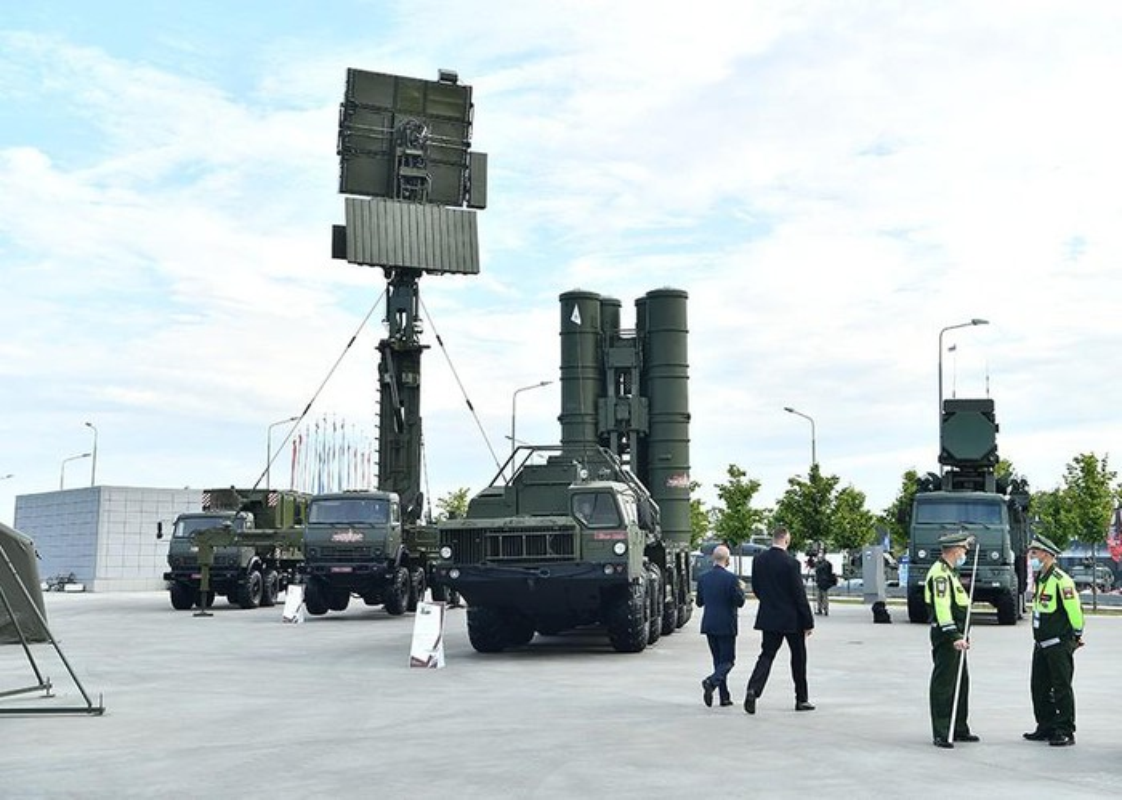 Neu J-20 TQ trien khai o Tan Cuong, An Do se co Su-57E doi dau?