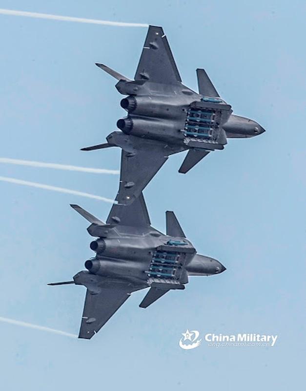 Trung Quoc tung tiem kich J-20 toi bien gioi An Do: Chi doa la chinh?-Hinh-5