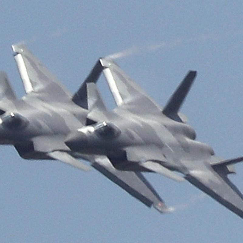 Trung Quoc tung tiem kich J-20 toi bien gioi An Do: Chi doa la chinh?-Hinh-6