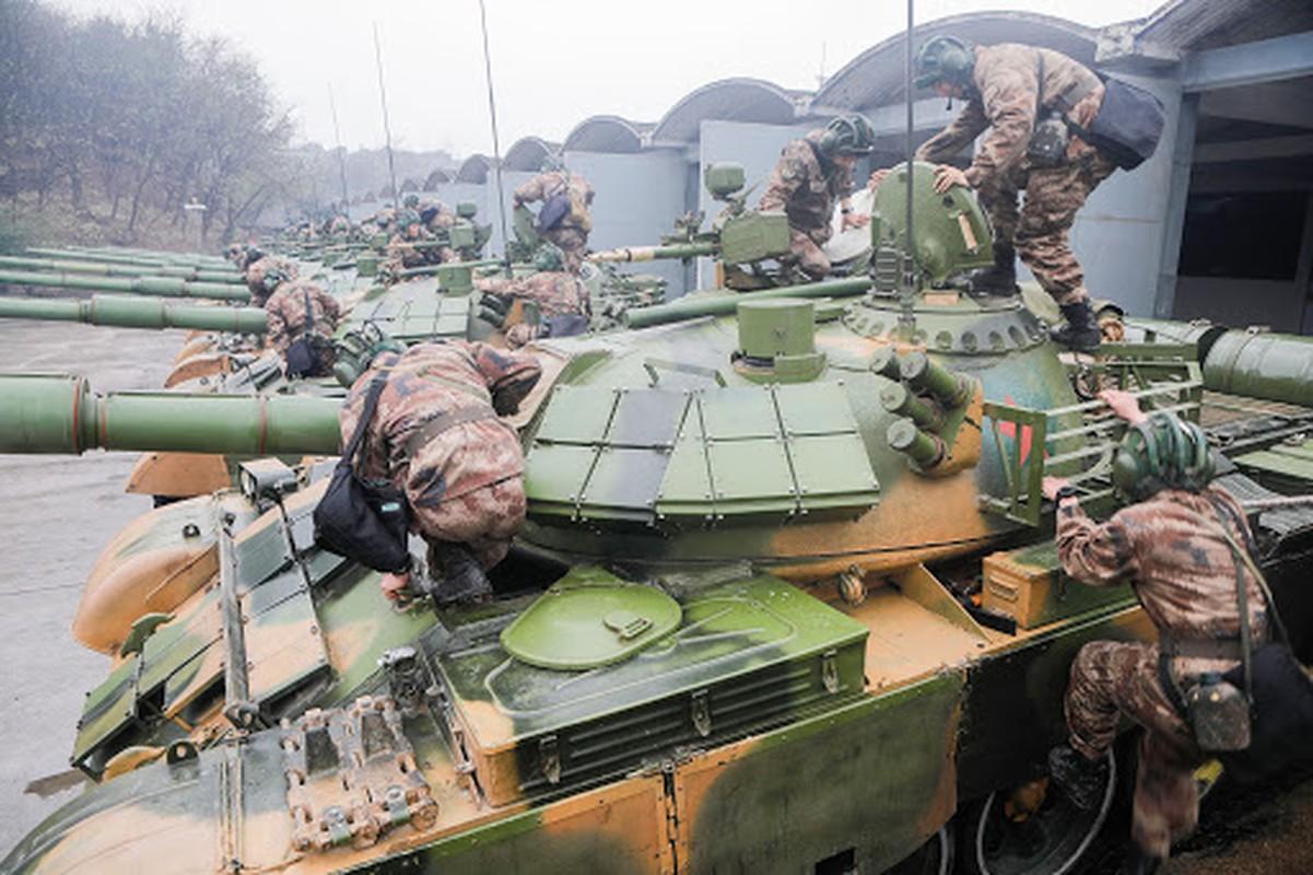 Choang: Luc quan Trung Quoc dung nhieu xe tang bang ca Nga, My cong lai-Hinh-5