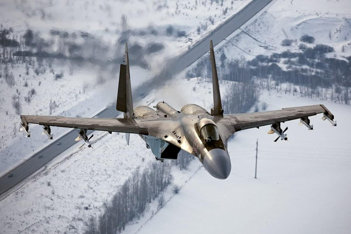 Nghi van gay soc: Tiem kich Su-35S ban nham Su-30SM trong tap tran tai Nga-Hinh-4