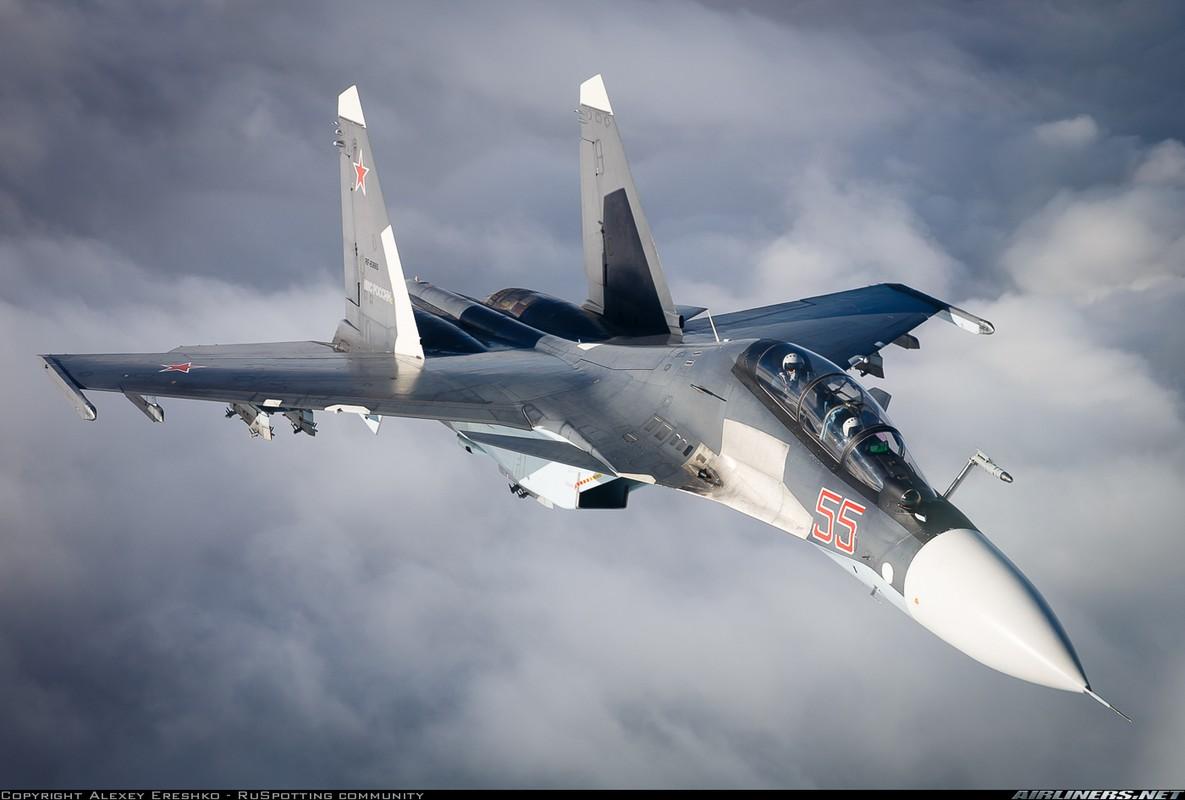 Nghi van gay soc: Tiem kich Su-35S ban nham Su-30SM trong tap tran tai Nga-Hinh-5