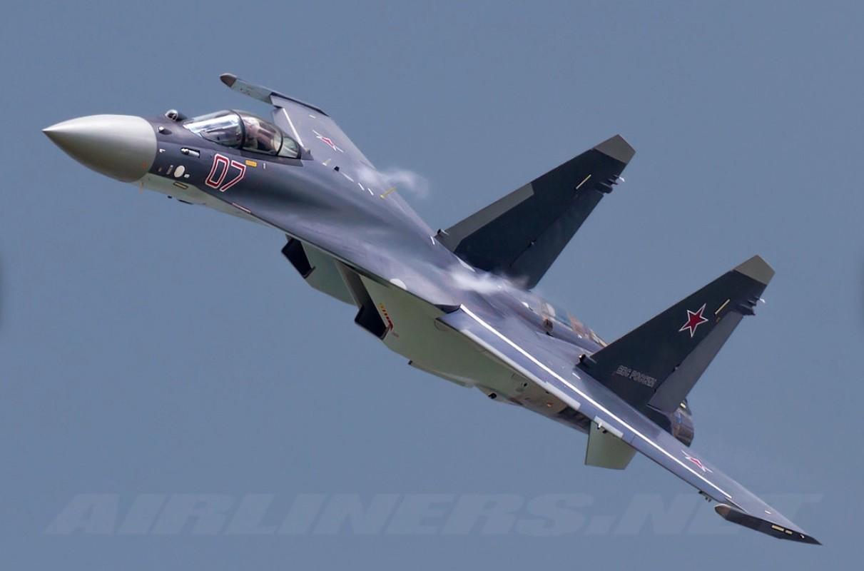 Nghi van gay soc: Tiem kich Su-35S ban nham Su-30SM trong tap tran tai Nga-Hinh-6