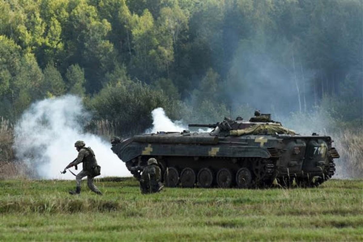 Nong: Nghi van xe tang T-72 Ukraine dam chet 8 linh My-Hinh-5