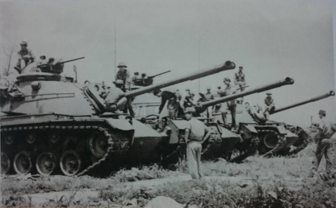 Sung may phong khong 12.7mm tren xe tang chu luc va buoc di lich su-Hinh-3