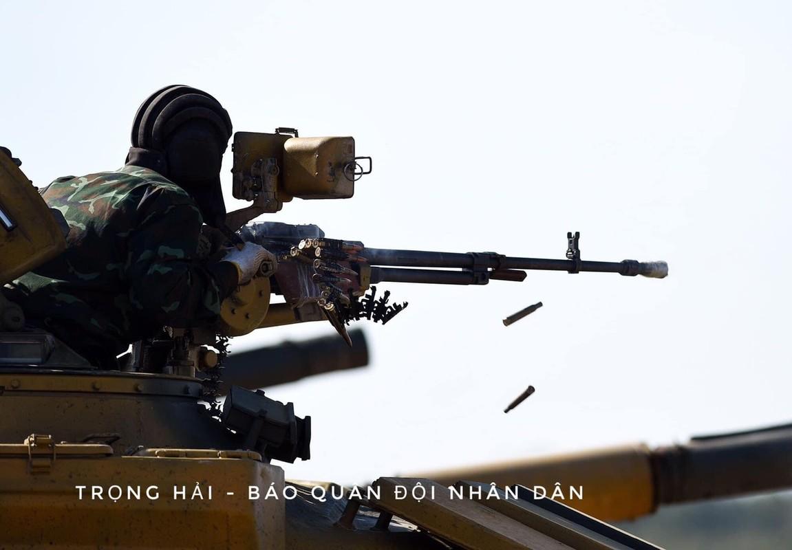 Sung may phong khong 12.7mm tren xe tang chu luc va buoc di lich su-Hinh-6