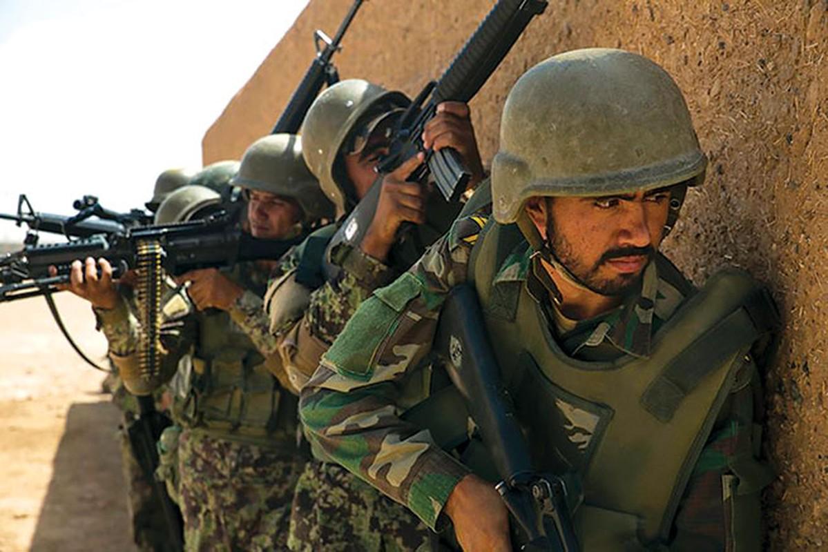 Choang ngop trang bi hien dai nhu quan doi nuoc lon cua phien quan Taliban-Hinh-9