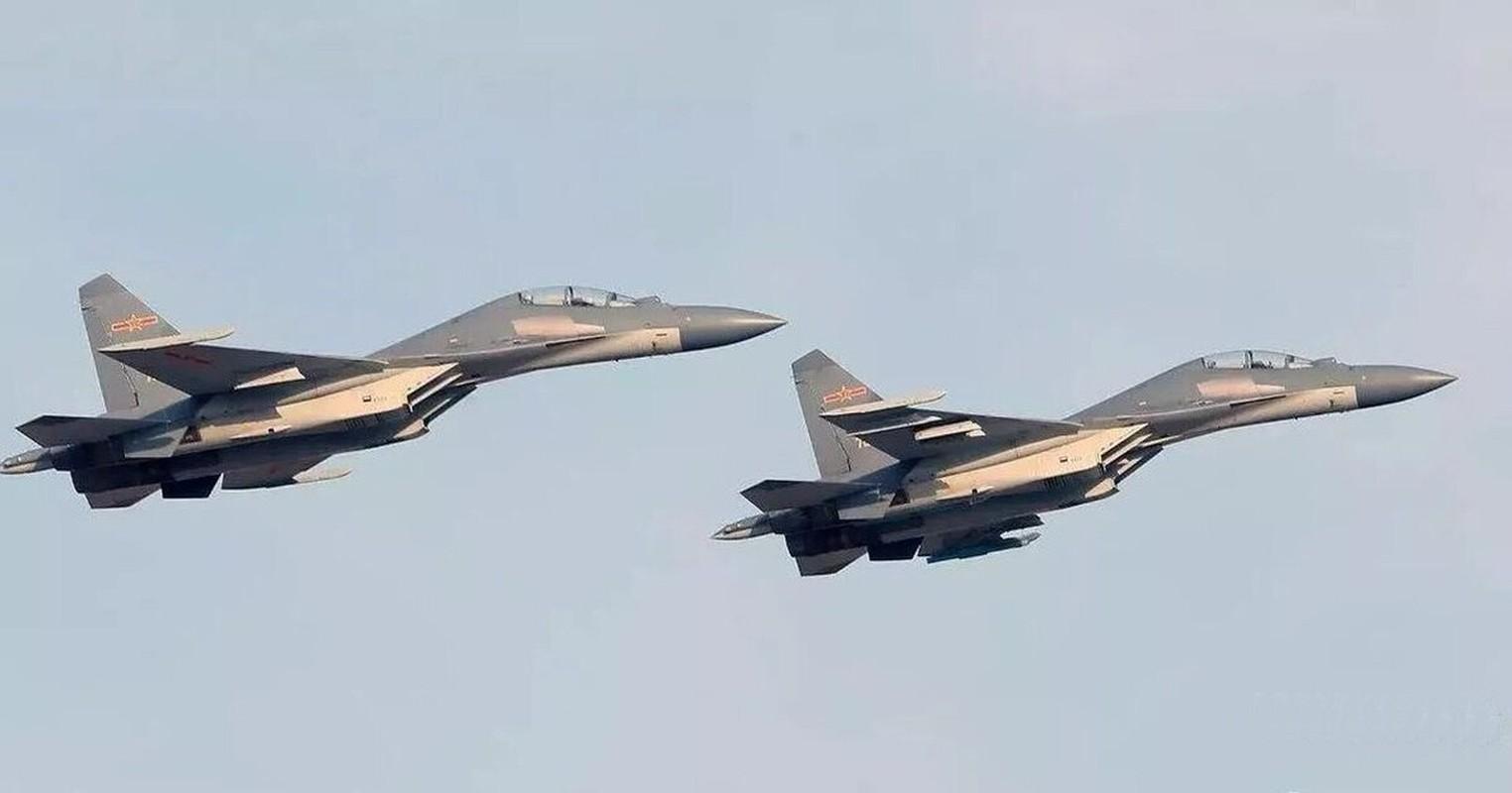 Trung Quoc chi can J-16 de chong lai Su-30 va Rafale cua An Do?-Hinh-2