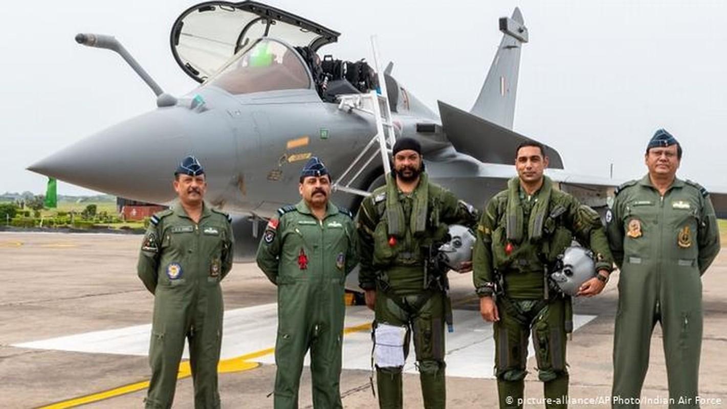 So Rafale An Do, Khong quan Pakistan duoc no sung khong can xin chi thi-Hinh-3