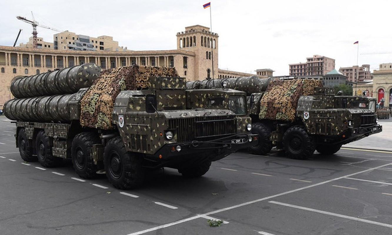 Vi sao huyen thoai S-300 cua Armenia vo vun truoc UAV Azerbaijan?-Hinh-2