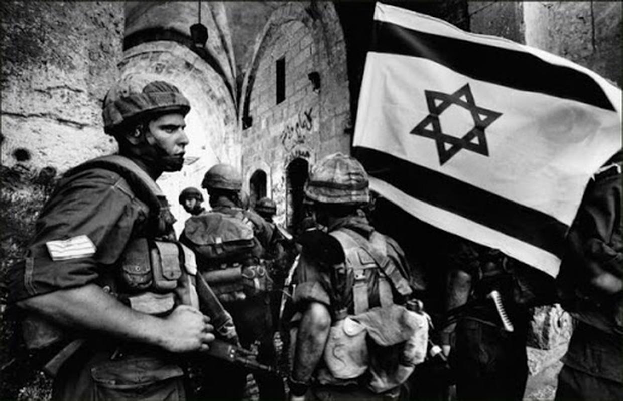Dieu gi giup Quan doi Israel thang tran chong vanh trong