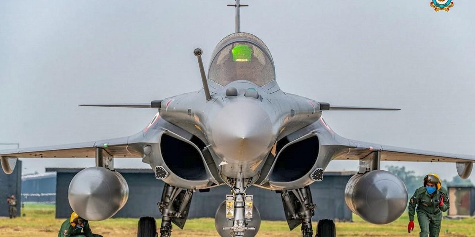 Indonesia choi lon, bo Su-35, mua 48 tiem kich Rafale tu Phap-Hinh-15