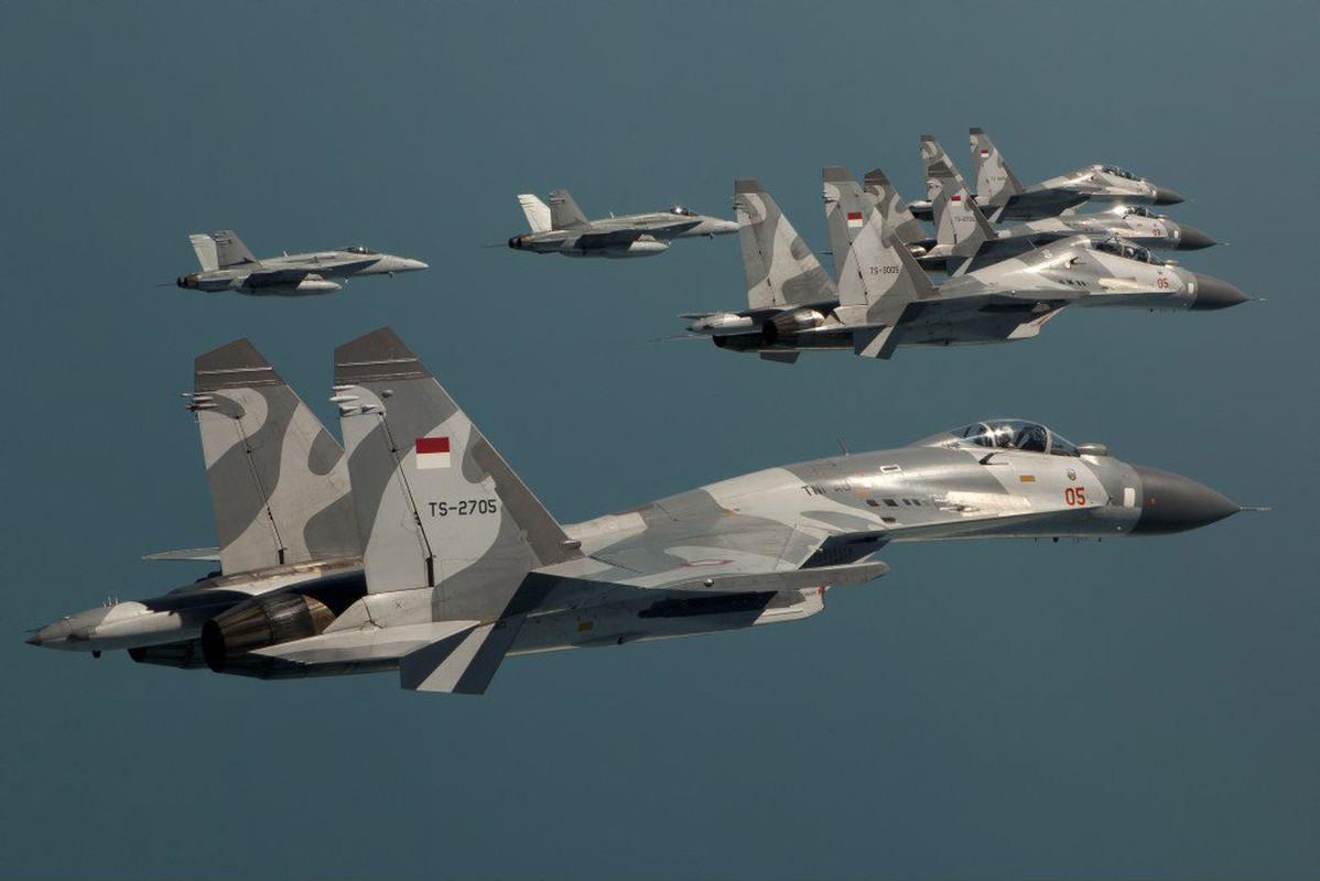 Indonesia choi lon, bo Su-35, mua 48 tiem kich Rafale tu Phap-Hinh-3