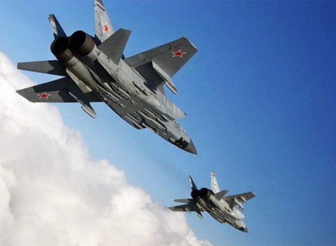 Trien khai MiG-31 sat My vao luc nhay cam, Nga dang du tinh gi?-Hinh-3
