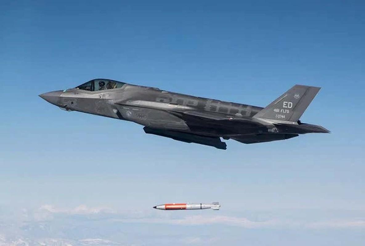 Trien khai MiG-31 sat My vao luc nhay cam, Nga dang du tinh gi?