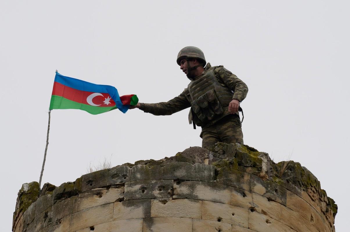 Chua thoa man chien thang, Azerbaijan quyet chiem toan bo Karabakh