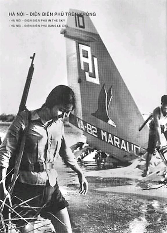 48 nam ngay chiec B-52 dau tien bi ha tren bau troi Ha Noi-Hinh-14