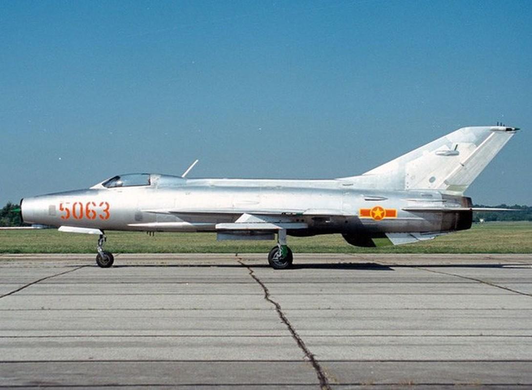 Diem mat loat tiem kich MiG-21 Khong quan Viet Nam doi dau B-52 My-Hinh-5