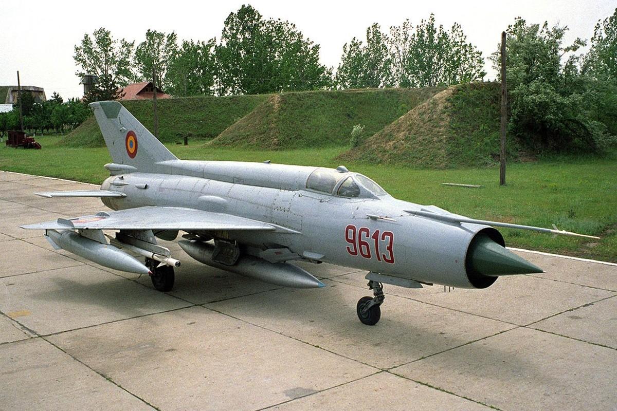Diem mat loat tiem kich MiG-21 Khong quan Viet Nam doi dau B-52 My-Hinh-7