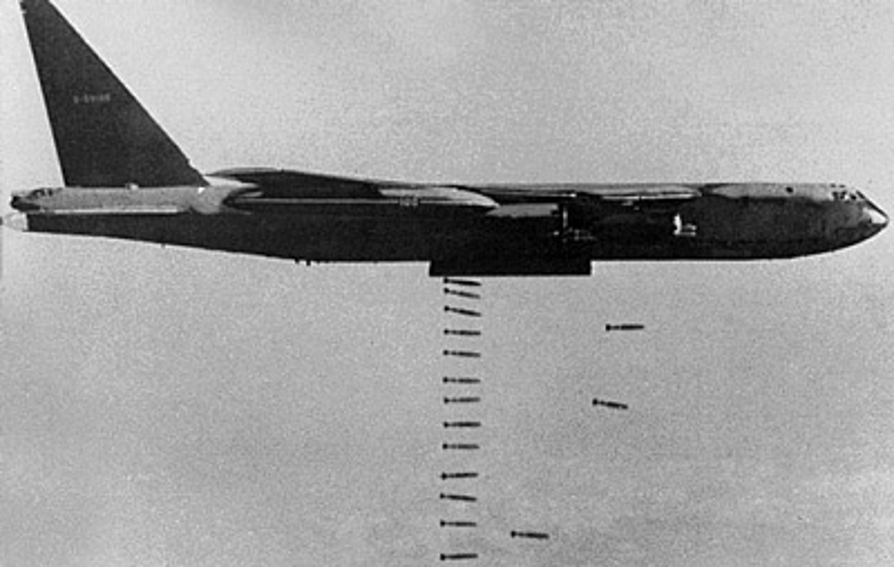 Diem mat loat tiem kich MiG-21 Khong quan Viet Nam doi dau B-52 My