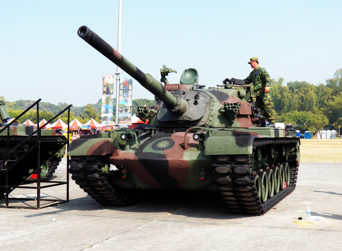 Loai xe tang Trung Quoc lua chon trong mo phong danh chiem Dai Loan-Hinh-10