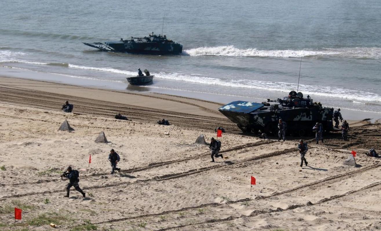 Loai xe tang Trung Quoc lua chon trong mo phong danh chiem Dai Loan-Hinh-6