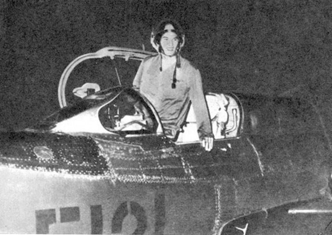 MiG-21 cua phi cong Pham Tuan da vuot mat F-4 de ha B-52 ra sao?-Hinh-4