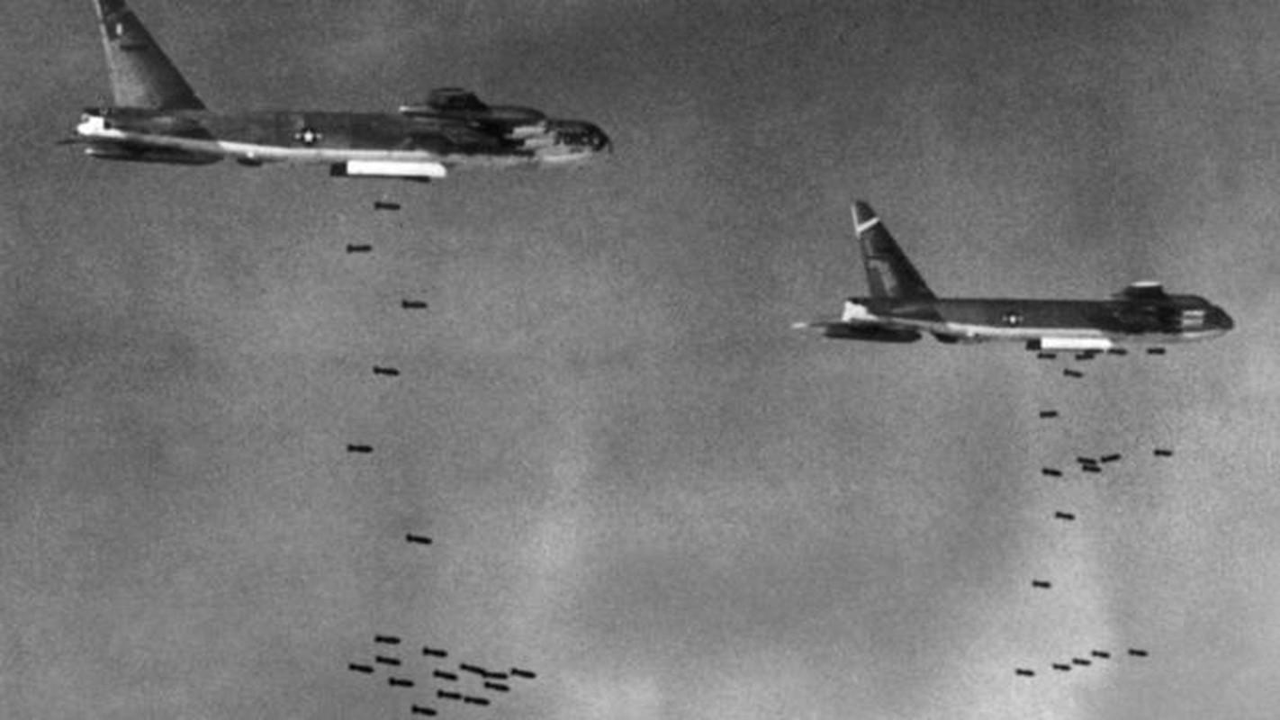 MiG-21 cua phi cong Pham Tuan da vuot mat F-4 de ha B-52 ra sao?-Hinh-8