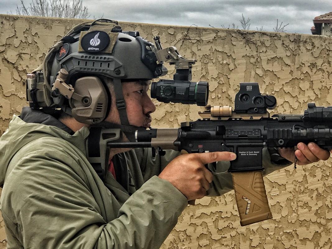 Quan doi Phap chon sung truong tan cong HK-416F lam vu khi chinh-Hinh-13