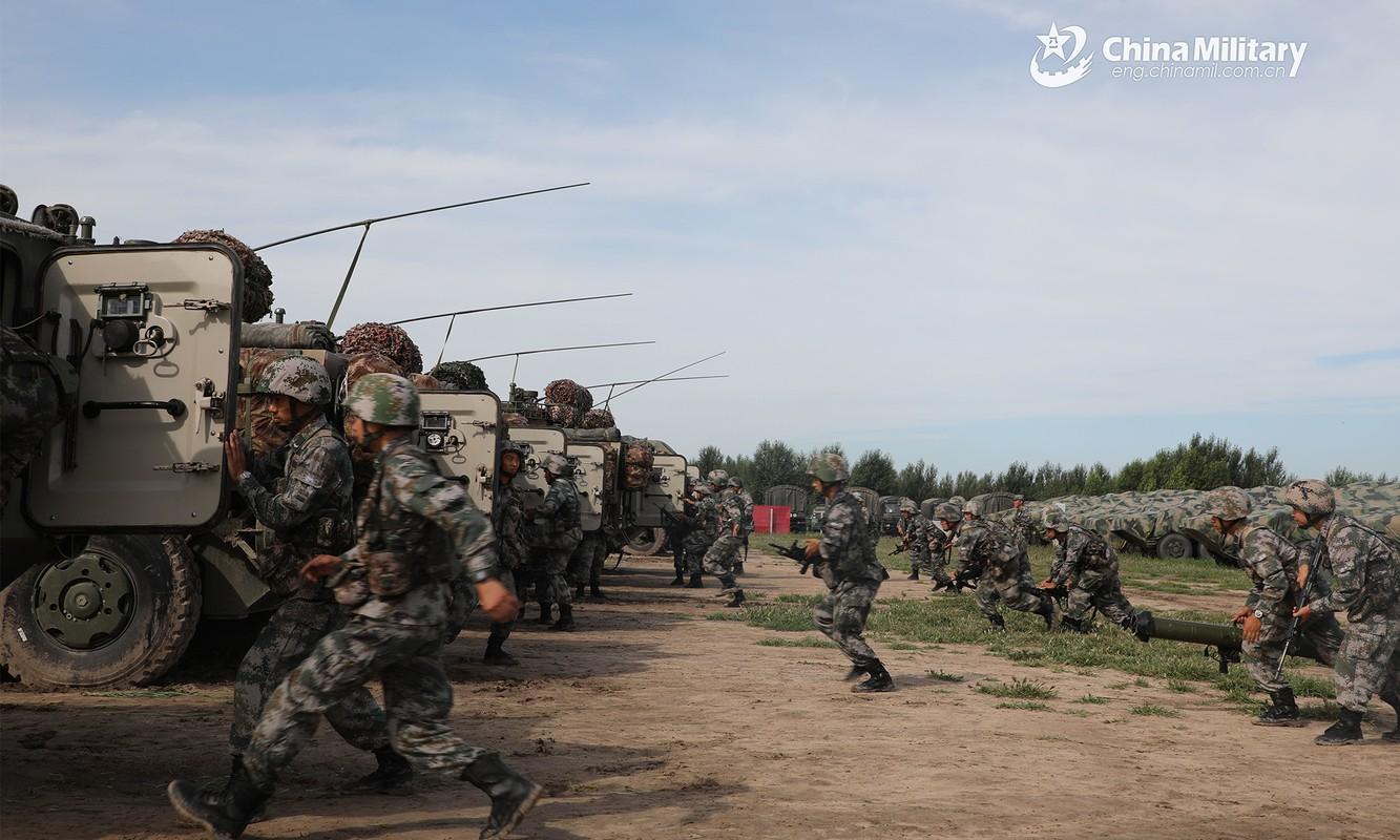 Dai Loan thanh lap lu doan phong thu ven bo, Trung Quoc dap tra-Hinh-10