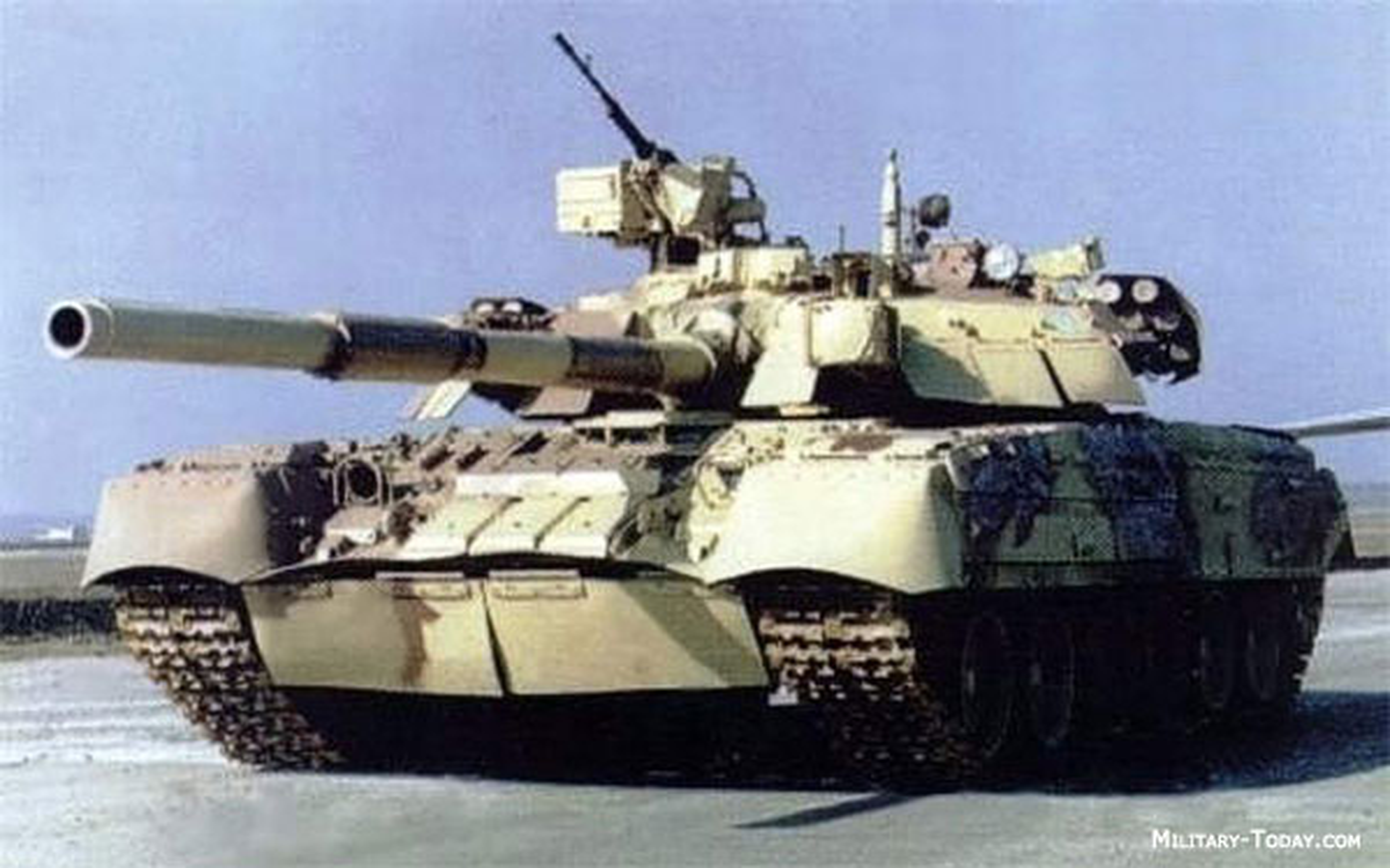 Tai sao T-84 Oplot-M cua Ukraine la xe tang tot nhat chau Au?