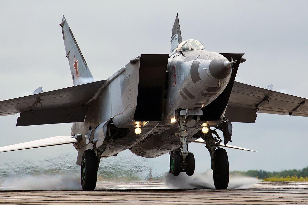 My tung run so truoc loai tiem kich bay nhanh hon ten lua phong khong-Hinh-10