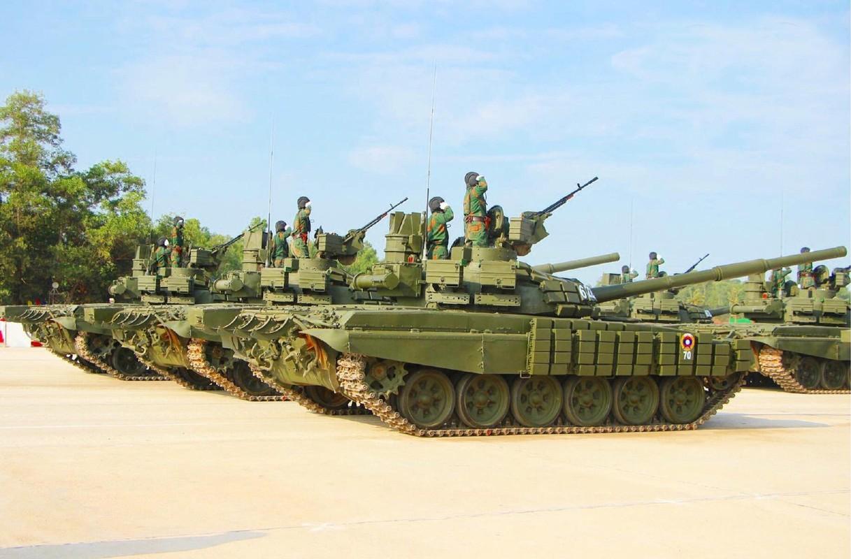Vi sao xe tang chu luc T-72 cua Nga rat phu hop voi Viet Nam?-Hinh-12