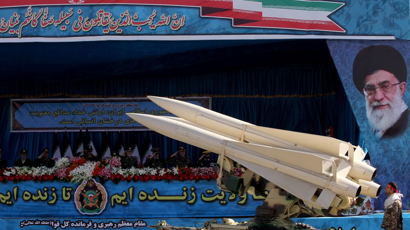 Iran muon mua sieu ten lua phong khong S-400 tu Nga-Hinh-10
