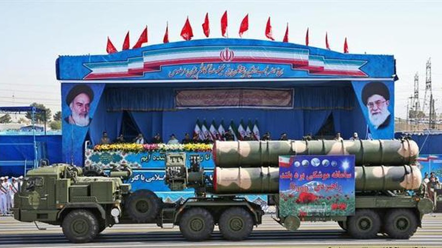 Iran muon mua sieu ten lua phong khong S-400 tu Nga-Hinh-14