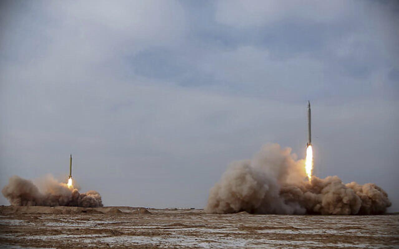 Iran phong ten lua dan dao tieu diet muc tieu cach 1.800km