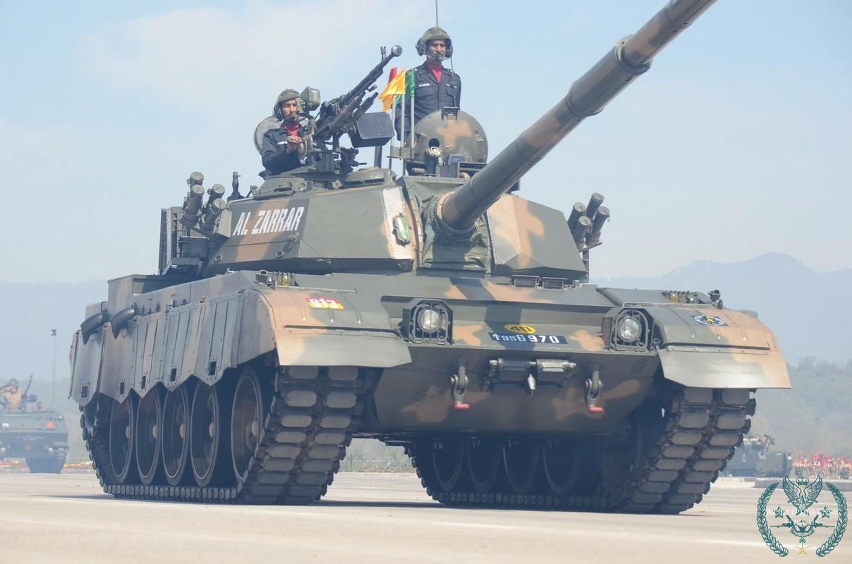 Pakistan co gi de doi dau 1.000 xe tang T-90 cua Quan doi An Do-Hinh-10
