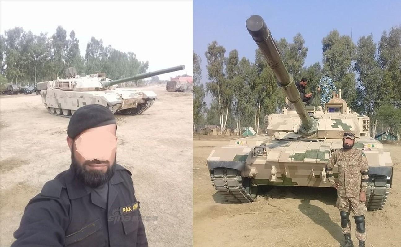 Pakistan co gi de doi dau 1.000 xe tang T-90 cua Quan doi An Do-Hinh-3