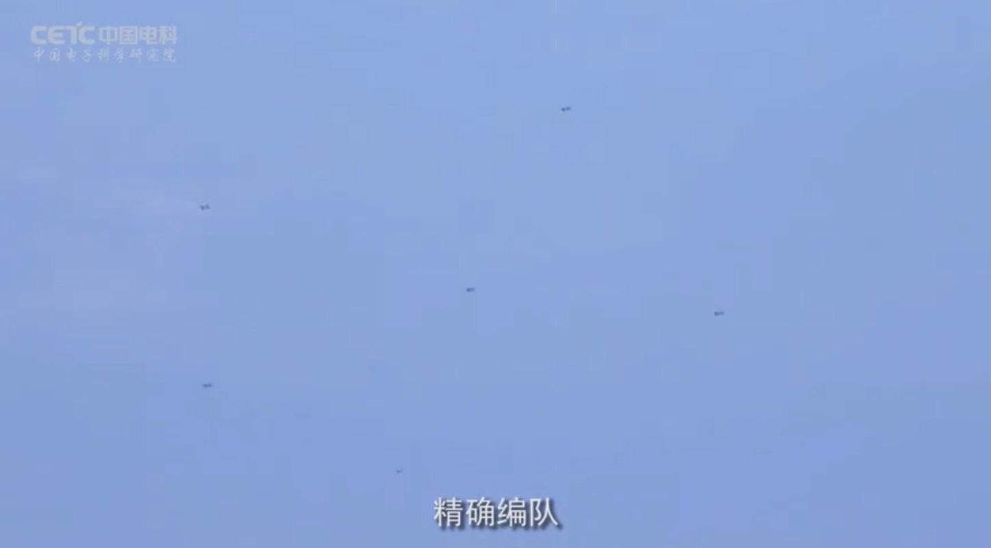 "Chien thuat UAV cam tu ""bay ruoi"" cuc ky nguy hiem cua Trung Quoc-Hinh-4"