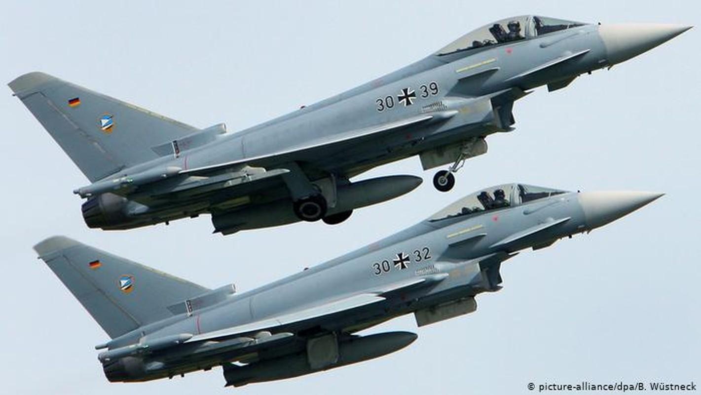 Tai sao phi cong cua Khong quan Duc khong dap ung yeu cau cua NATO?-Hinh-2