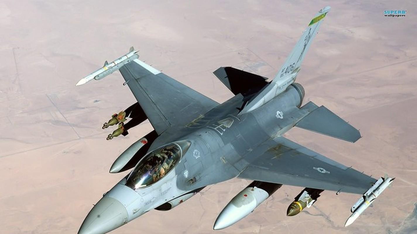 Iraq chan may bay chien dau My - quay ve may bay Nga-Hinh-6