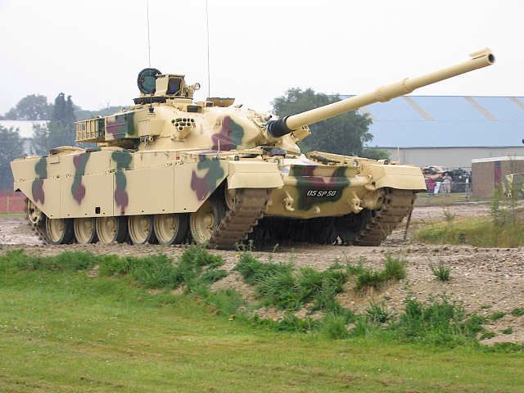Iran khong can T-90 cua Nga vi co ban sao gan nhu y het-Hinh-12