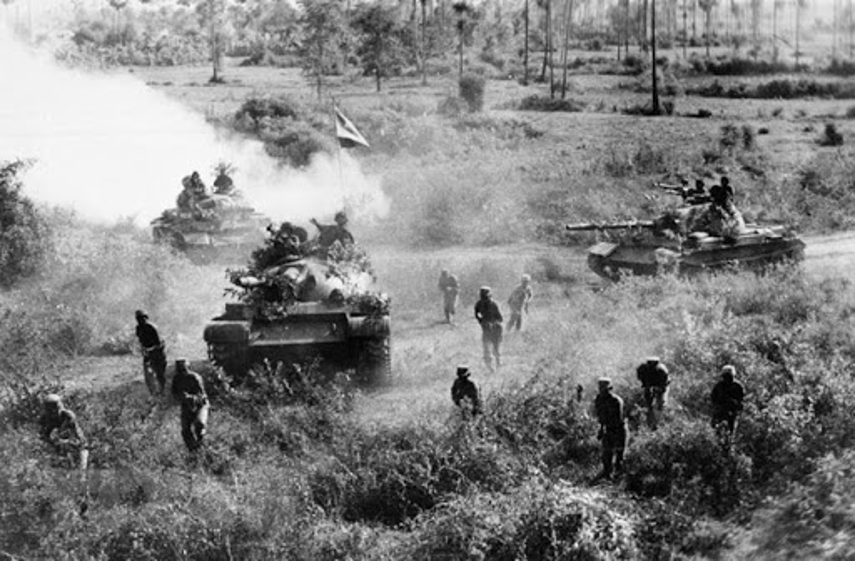 Tran dau xe tang lon nhat trong Chien tranh Viet Nam-Hinh-10