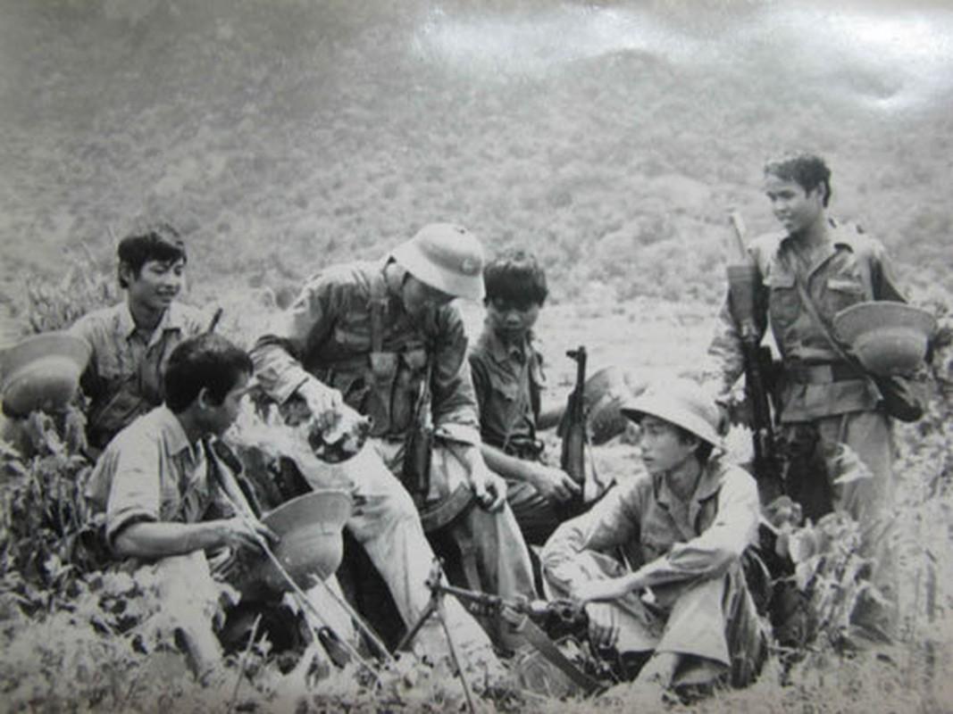 Tran danh ky luc 1 choi 20 cua quan giai phong tren doi Khong Ten-Hinh-2