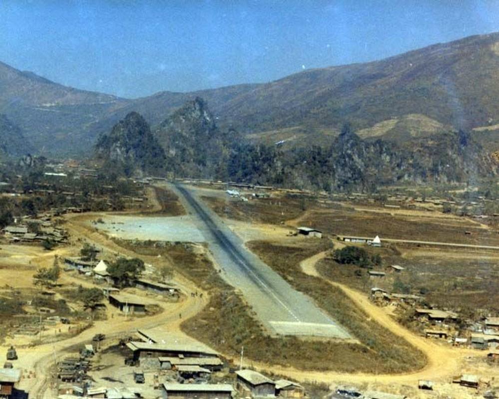 Tran oanh tac khung khiep cua Khong quan Viet Nam tren dat Lao